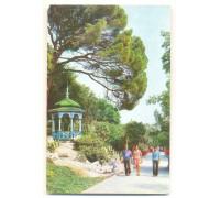 Крым. Никитский ботанический сад. Беседка в Нижнем парке