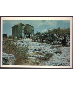 Чуфут-Кале. Старый город. Мавзолей Джанике-ханым (XV в.)