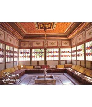 Бахчисарайский дворец. Фонтан в летней беседке
