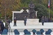 Путин пообещал студентке найти спонсора для издания книги об Александре III
